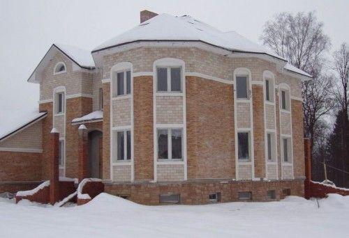 dom_iz_kirpicha_i_penoblokov_08