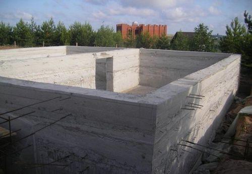 Строим цокольный этаж